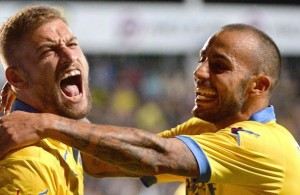 Federico Dionisi (L) of Frosinone Calcio celebrates with teammate Danilo Soddimo, after scoring goal 1-0 during Italian Serie A soccer match between Frosinone Calcio and Empoli Fc at the Matusa stadium in Frosinone, Italy, 28 September 2015..  ANSA / MAURIZIO BRAMBATTI